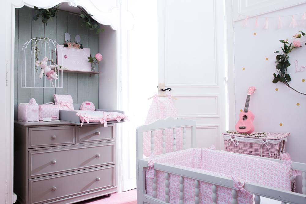 Thème de chambre bébé fille Lovely Emilie - Little Crevette